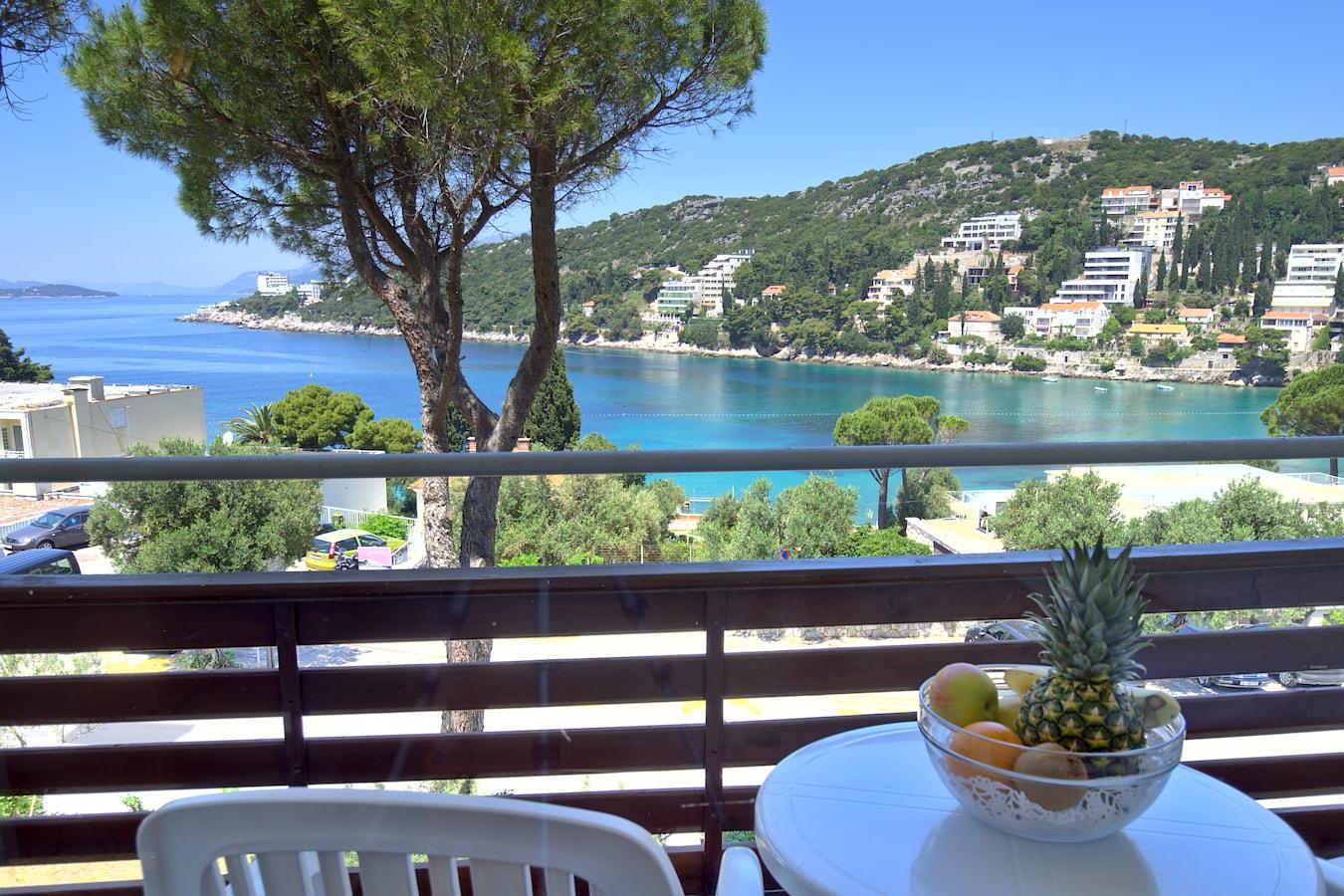 adriatic-hotel-rooms-seaview.jpg