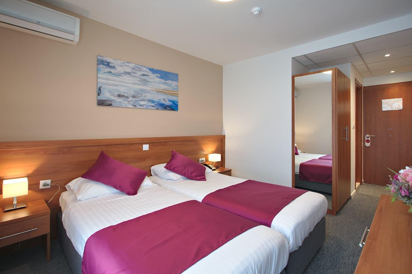 annex-komodor-hotel-dubrovnik-double-room.jpg