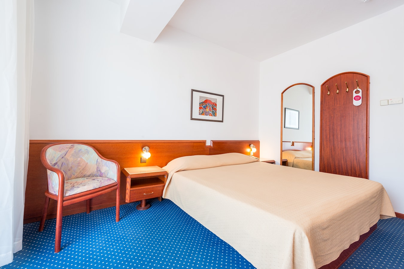 komodor-hotel-double-room.jpg