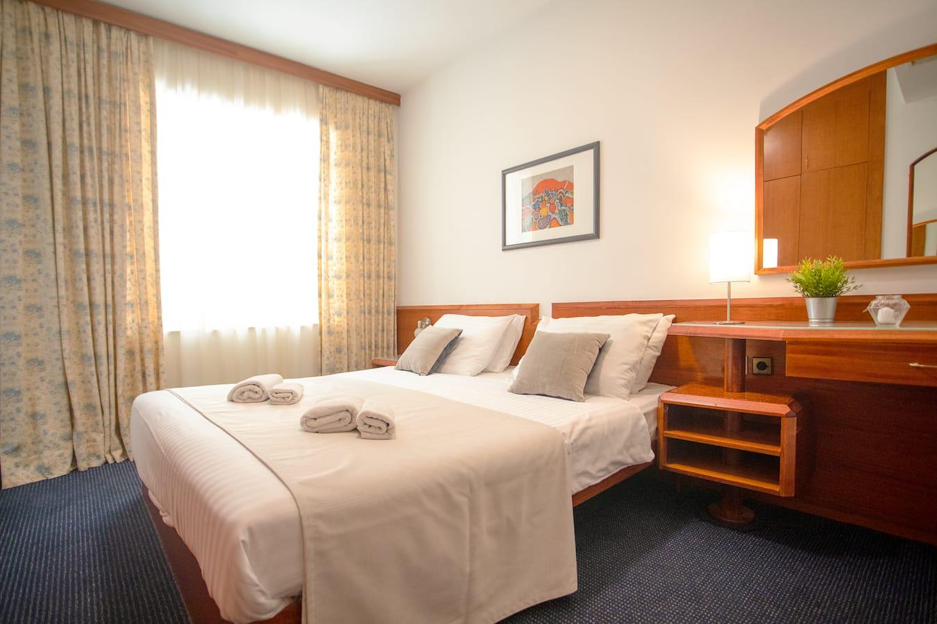 komodor-hotel-dubrovnik-double-room.jpg