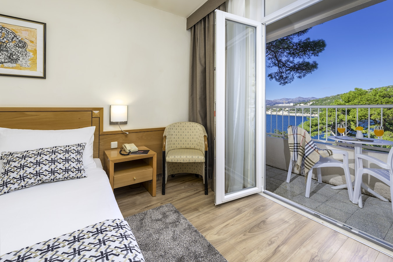 splendid-hotel-dubrovnik-balcony-double-room-sea-view.jpg