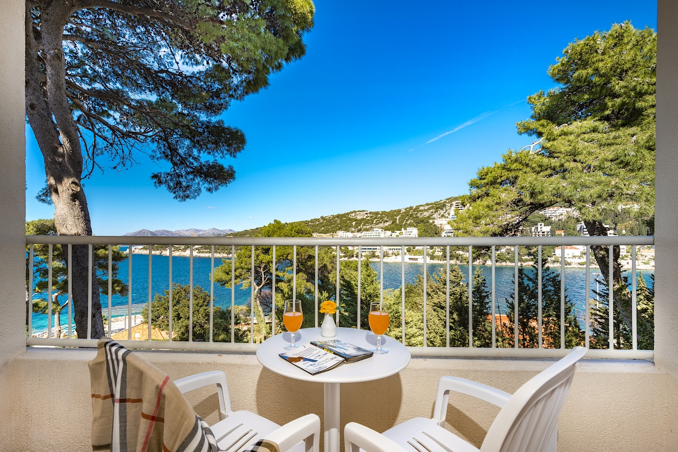splendid-hotel-dubrovnik-balcony-sea-view.jpg