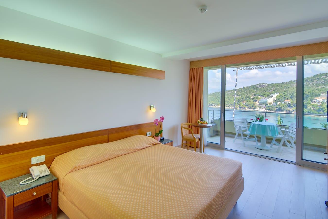 uvala-hotel-double-room-seaview-balcony.jpg