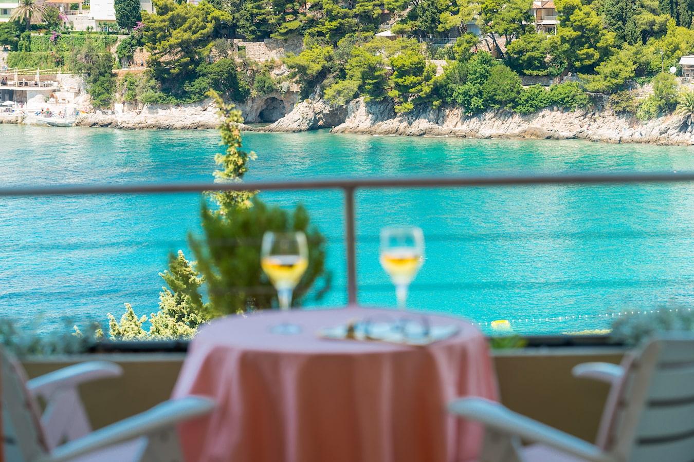 uvala-hotel-room-balcony-seaview-2.jpg