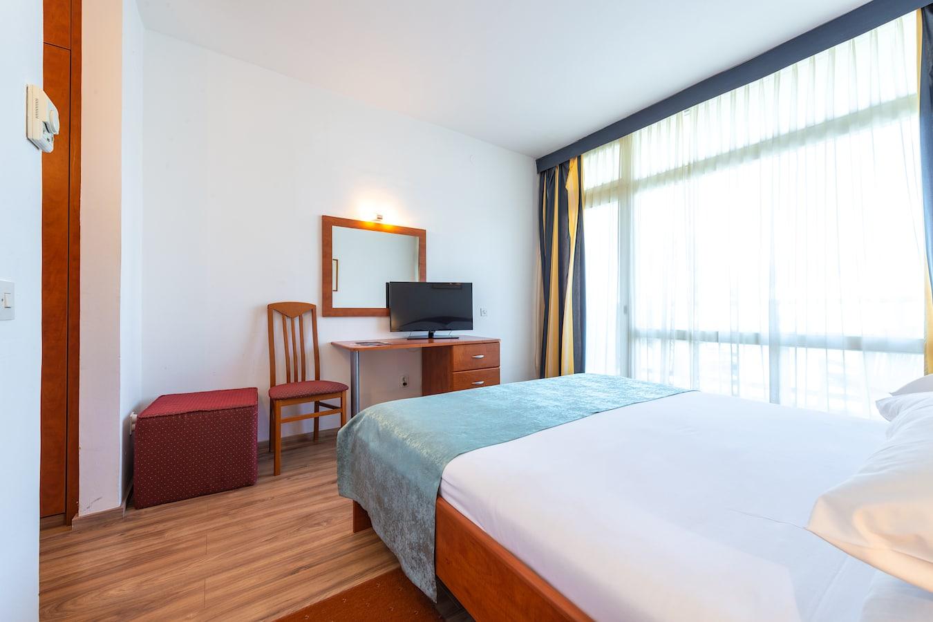 vis-hotel-double-room-dubrovnik.jpg