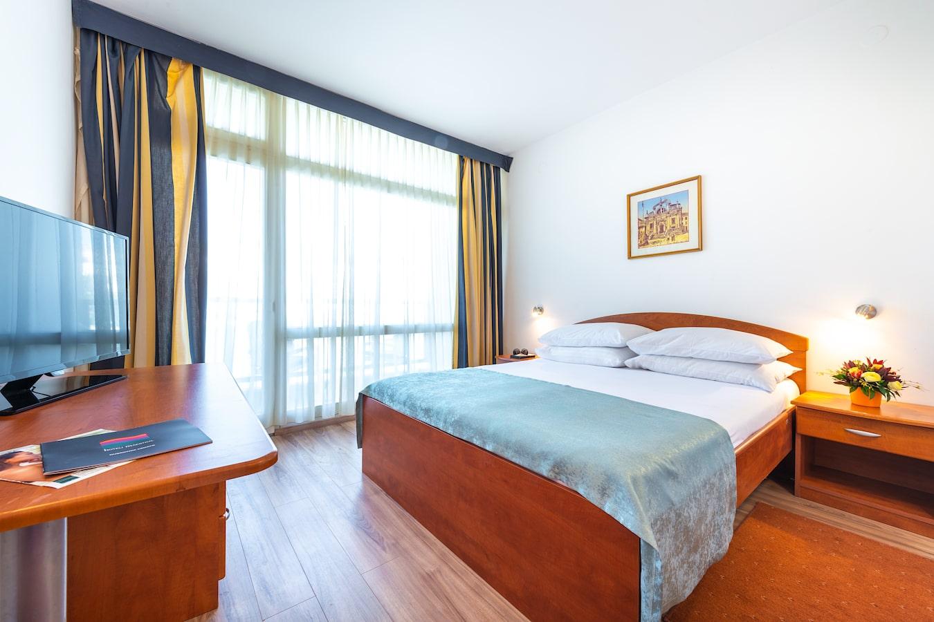 vis-hotel-dubrovnik-double-room.jpg